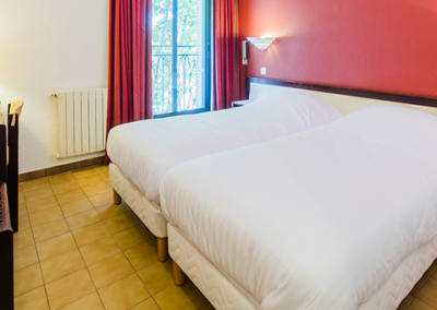 HOTEL LE COURS 152-chambre-twin